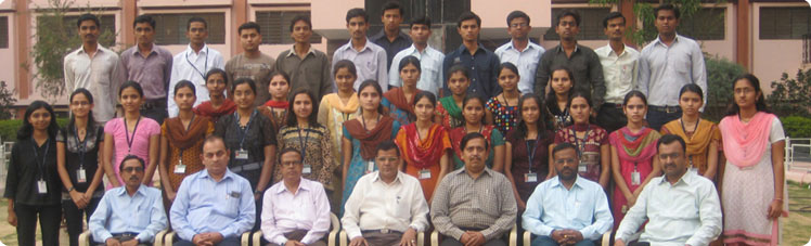 24 students of Jaihind College Dhule are selected by IDBI bank through Campus drive